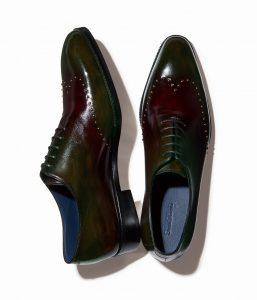 結婚式で新郎が履く茶系の靴