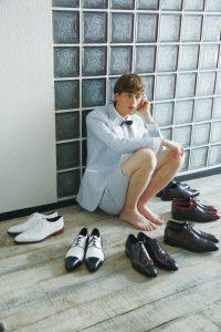 結婚式の新郎の靴