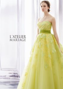 ライムイエローのカラードレス