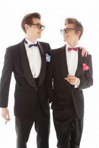 結婚式で新郎がレンタルするシンプルなタキシード