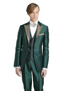 結婚式で新郎がレンタルするグリーンのタキシード20370