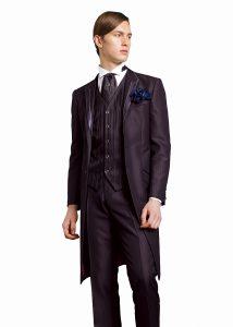 結婚式で新郎が着る黒のフロックコート