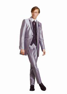 結婚式で新郎がレンタルするシンプルなタキシード20303