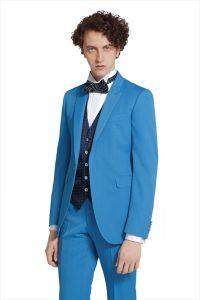 3abf5fa7dc217 ... カジュアルなタキシード20387 結婚式で新郎がレンタルするブルーのタキシード20388