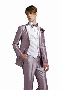 結婚式で新郎がレンタルするピンクのタキシード20343