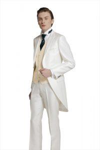 結婚式で新郎がレンタルする白いモーニングコート710