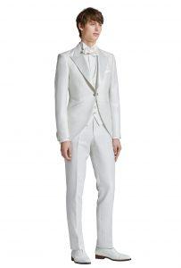 結婚式で新郎がレンタルするモーニングコート774