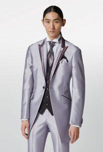 結婚式で新郎がレンタルするシンプルなラベンダータキシード20315