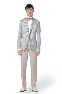 結婚式で新郎がレンタルするカジュアルなタキシード20387